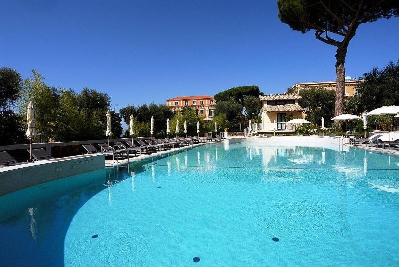 All Inclusive Sun Holidays to Grand Hotel Excelsior Vittoria