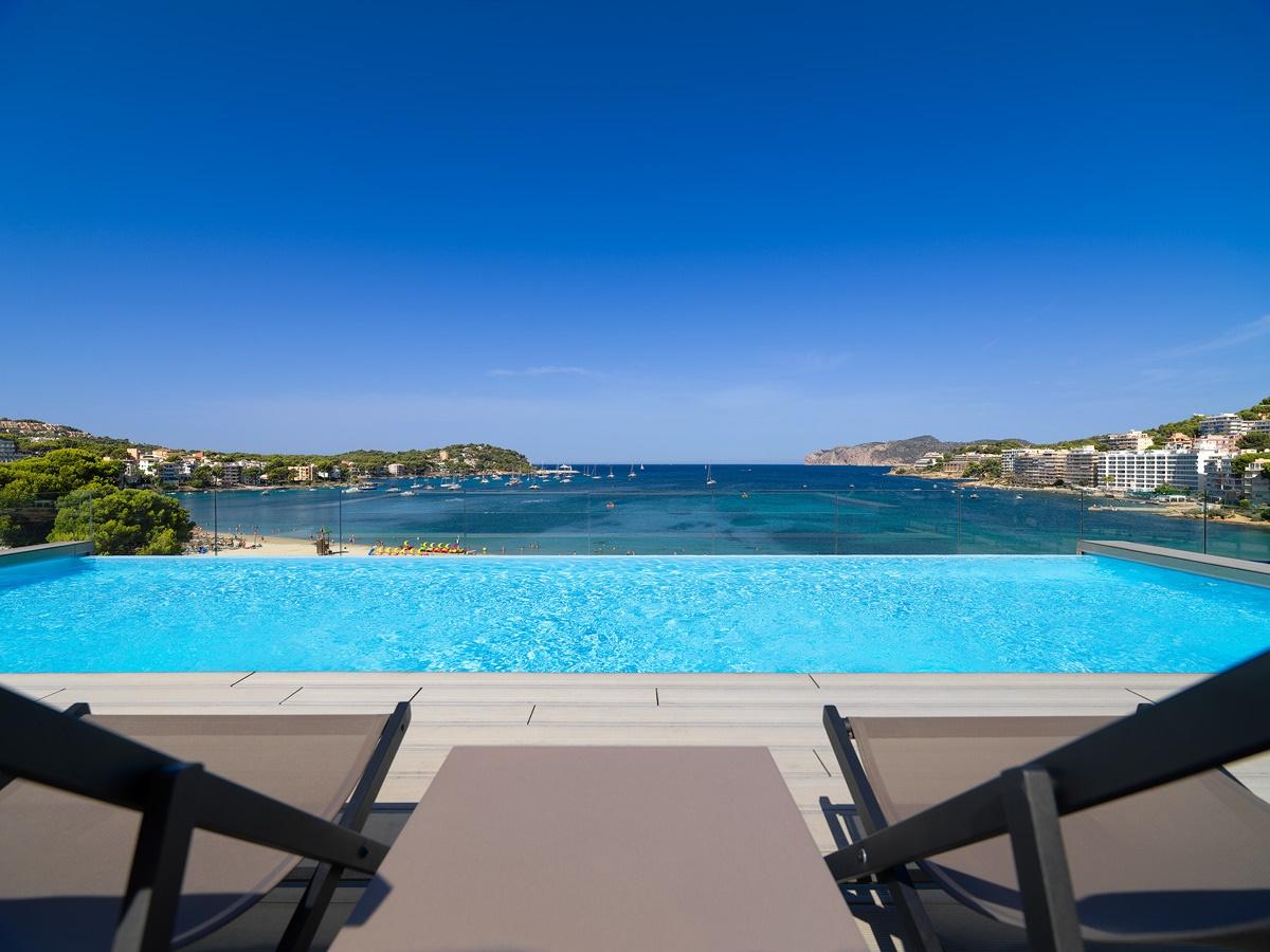 All Inclusive Sun Holidays to H10 Casa del Mar