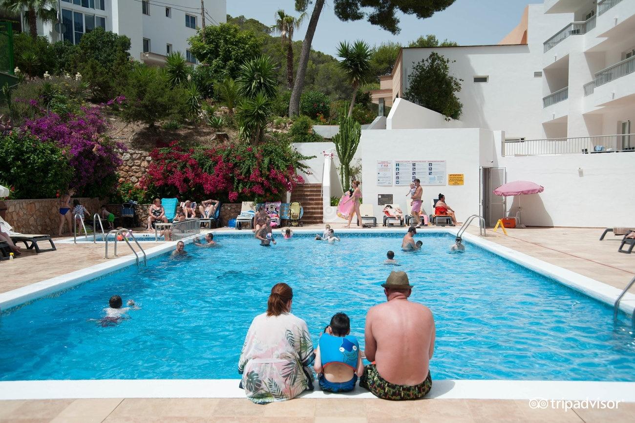 All Inclusive Sun Holidays to El Pinar Apartments