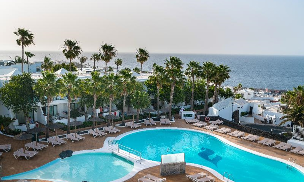 All Inclusive Sun Holidays to THB Flora