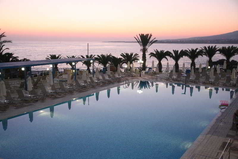 All Inclusive Sun Holidays to Queens Bay Hotel