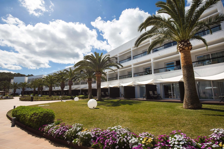 All Inclusive Sun Holidays to Grand Palladium Palace Ibiza Resort & Spa