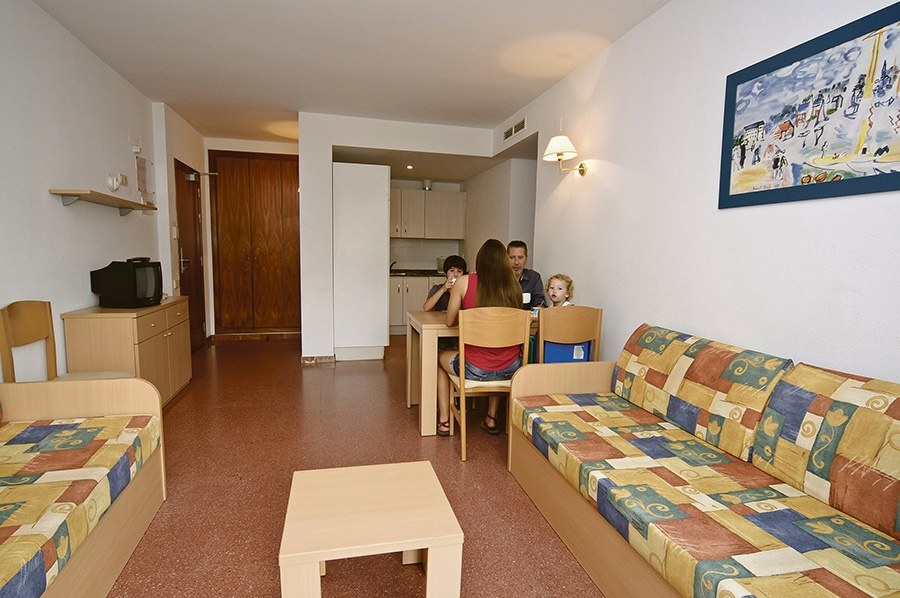 Stay at the Cye Holiday Centre, Salou with Sunway