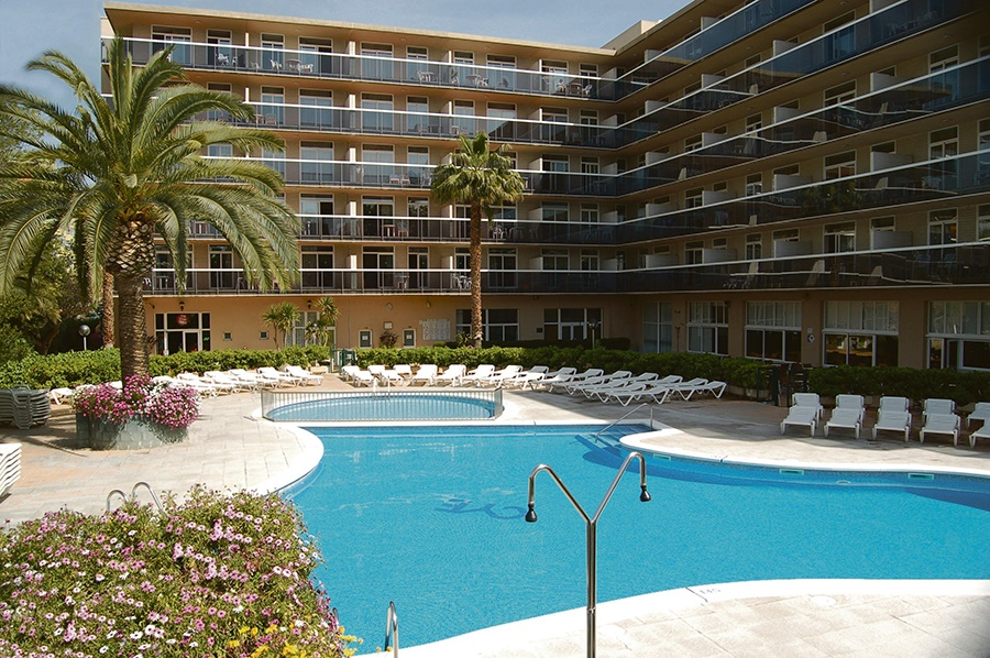 All Inclusive Sun Holidays to Cye Holiday Centre