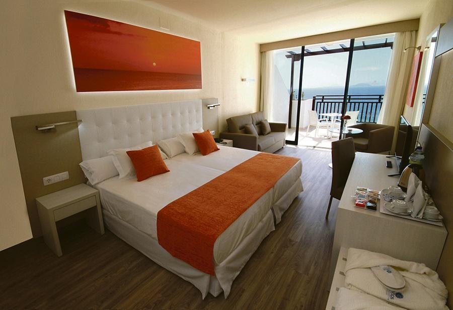 Book the Sandos Papagayo Beach Resort, Playa Blanca - Sunway.ie