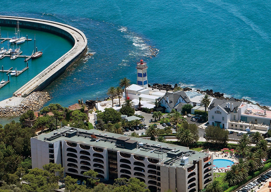 Stay at the Vila Gale Cascais Hotel, Cascais with Sunway