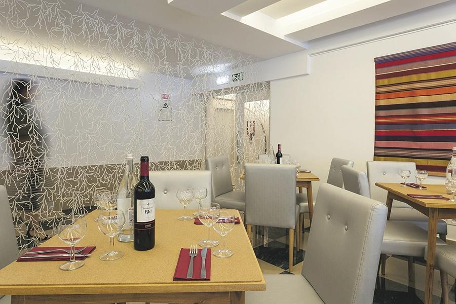 Book the Londres Hotel, Estoril - Sunway.ie