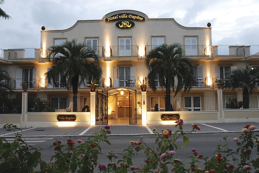 Book the Villa Daphne Hotel, Giardini Naxos - Sunway.ie