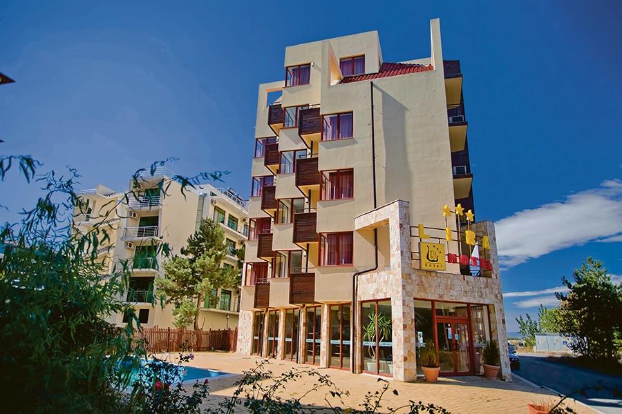 All Inclusive Sun Holidays to Lira Hotel