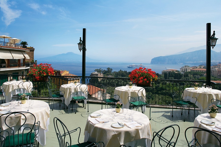 Stay at the Grand Hotel Capodimonte, Sorrento with Sunway