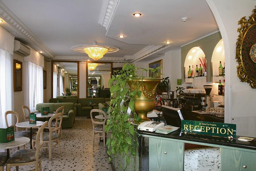 Book the La Pergola Hotel, Sorrento - Sunway.ie