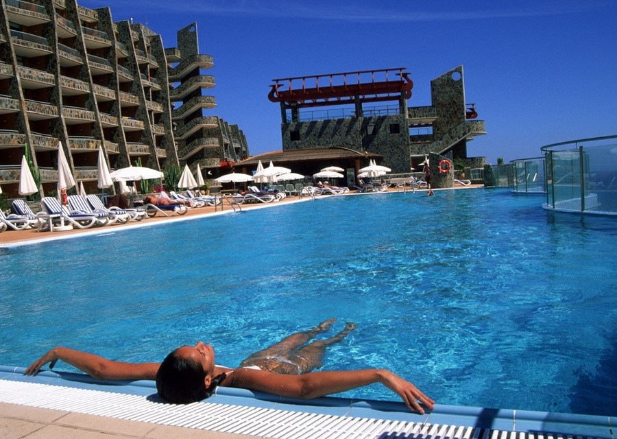 Stay at the Gloria Palace Amadores Thalasso Hotel, Puerto Rico with Sunway