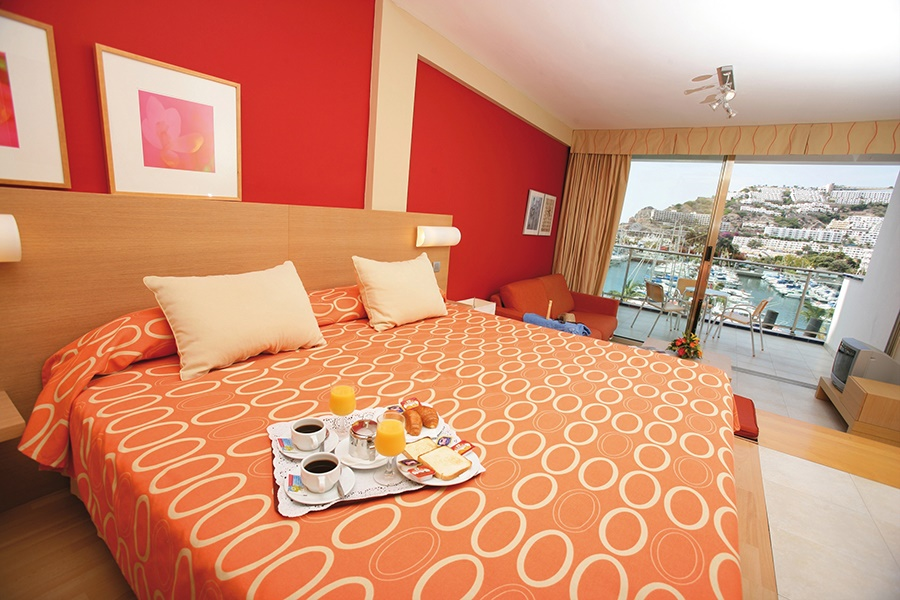 Stay at the Morasol Suites Hotel, Puerto Rico with Sunway