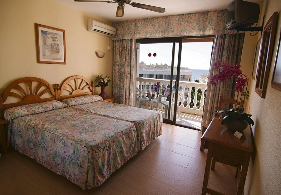 Book the Parasol Garden Hotel, Torremolinos - Sunway.ie