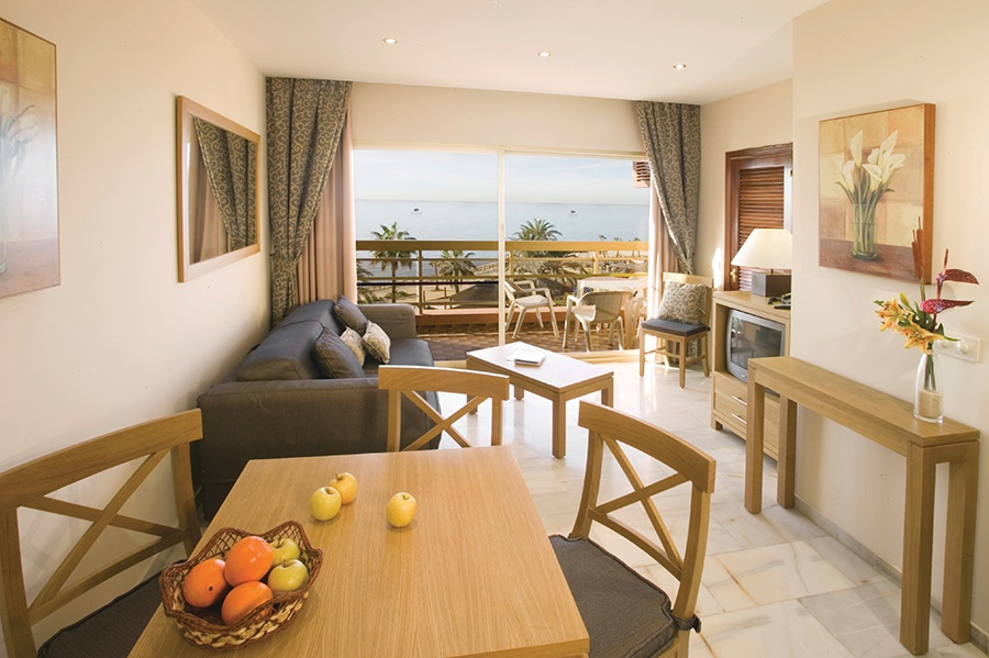 Book the Sunset Beach Club, Benalmadena - Sunway.ie
