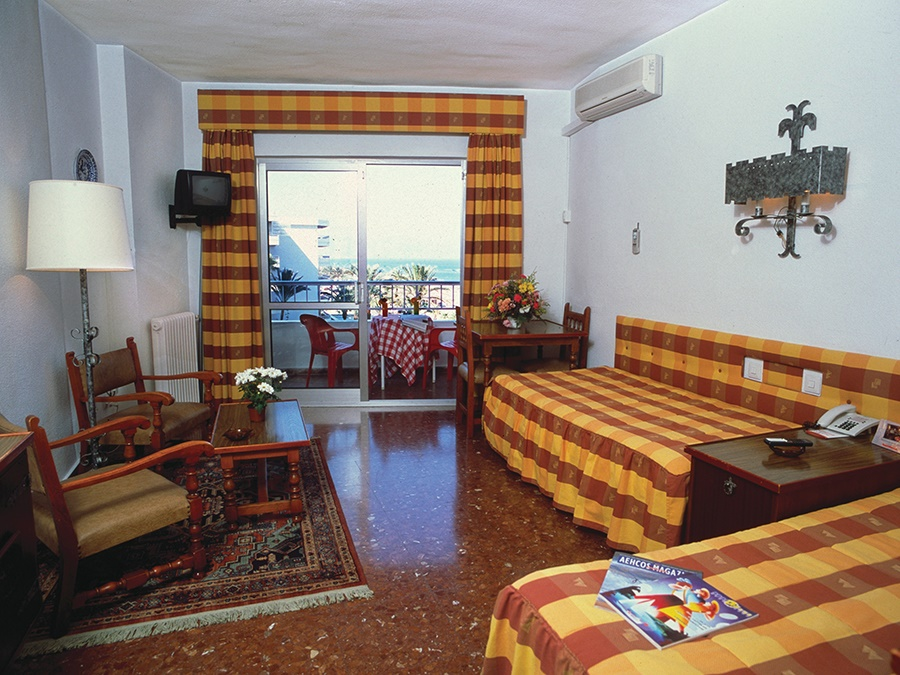 Stay at the Bajondillo Apartments, Torremolinos with Sunway