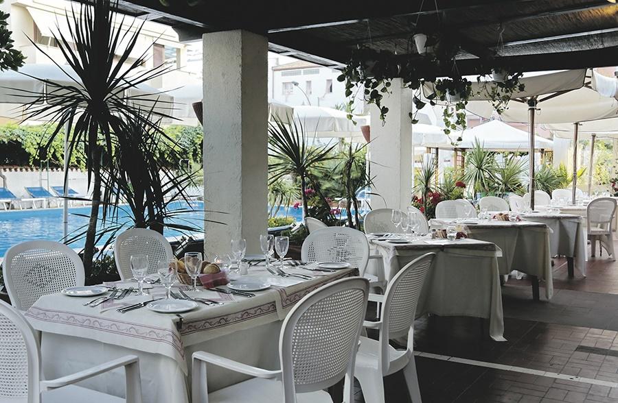 Book the La Playa Hotel, Alghero - Sunway.ie