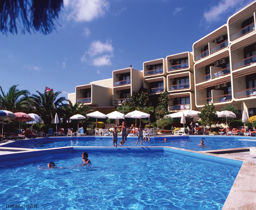 Stay at the Florida Hotel, Alghero with Sunway