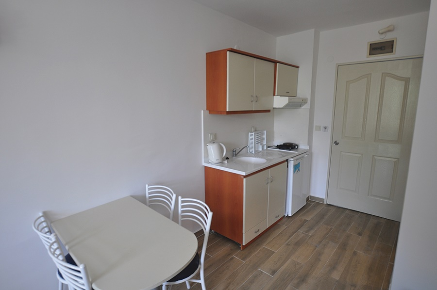 Stay at the Happy Apartments, Kusadasi with Sunway