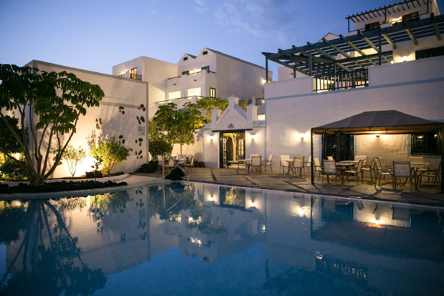 All Inclusive Sun Holidays to THe Volcan Lanzarote Hotel