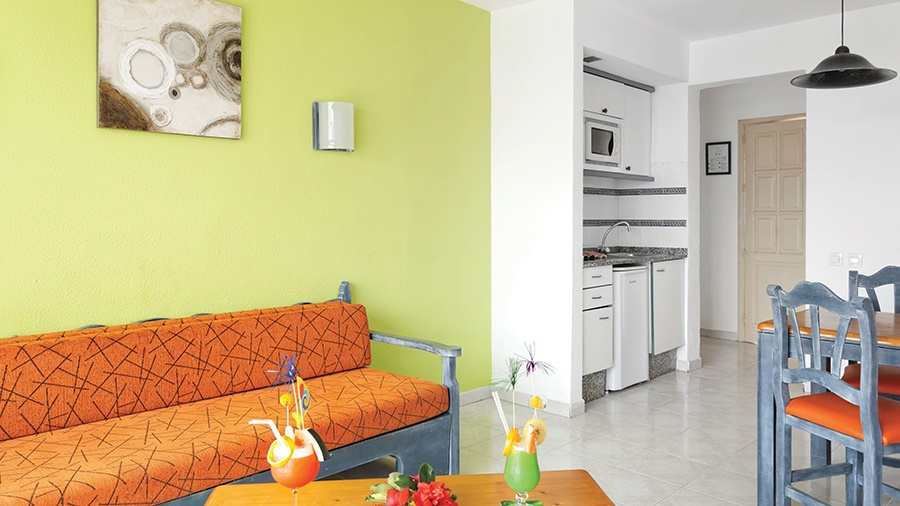 Book the Puertocarmen Aparthotel, Puerto del Carmen - Sunway.ie