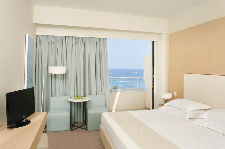 Stay at the Capo Bay Hotel, Protaras with Sunway