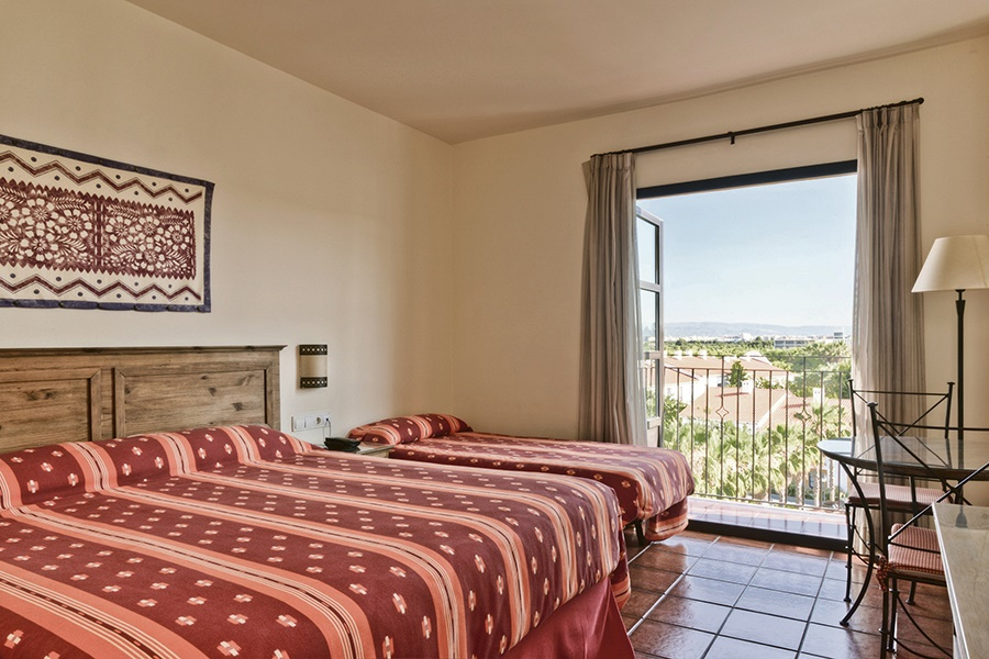Stay at the El Paso Hotel, Salou with Sunway