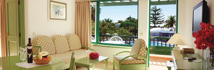 Stay at the Barcarola Club, Puerto del Carmen with Sunway