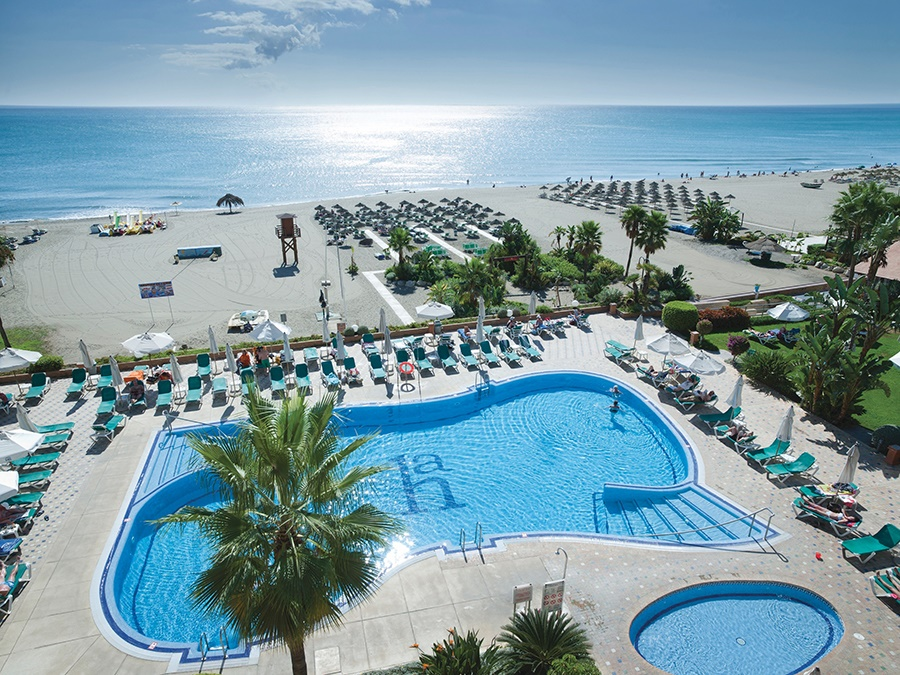 Stay at the Amaragua Hotel, Torremolinos with Sunway