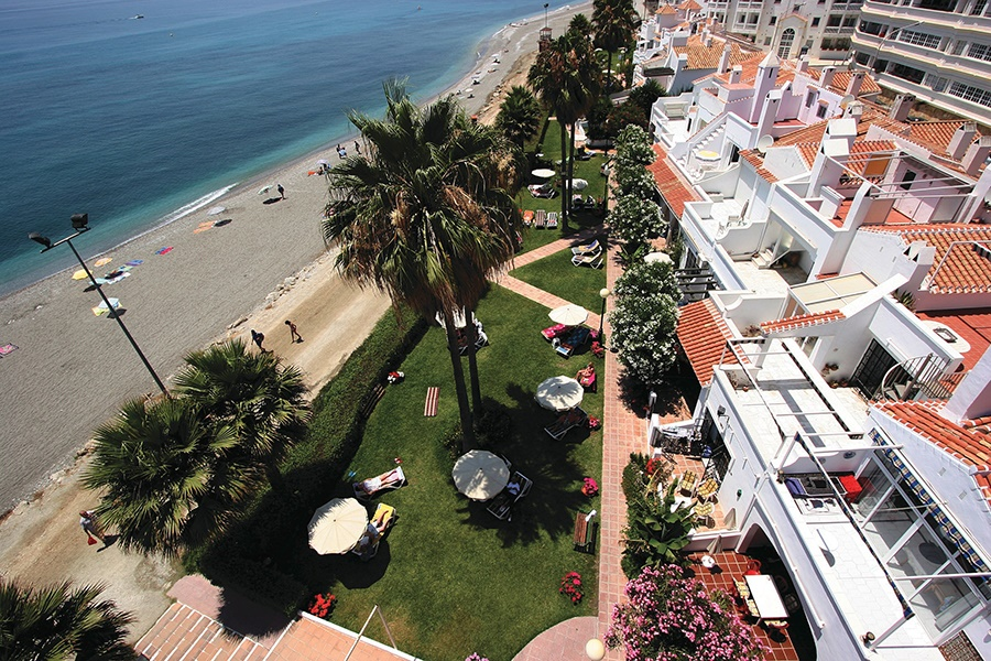 Stay at the Perla Marina Hotel and Apartments, Nerja with Sunway