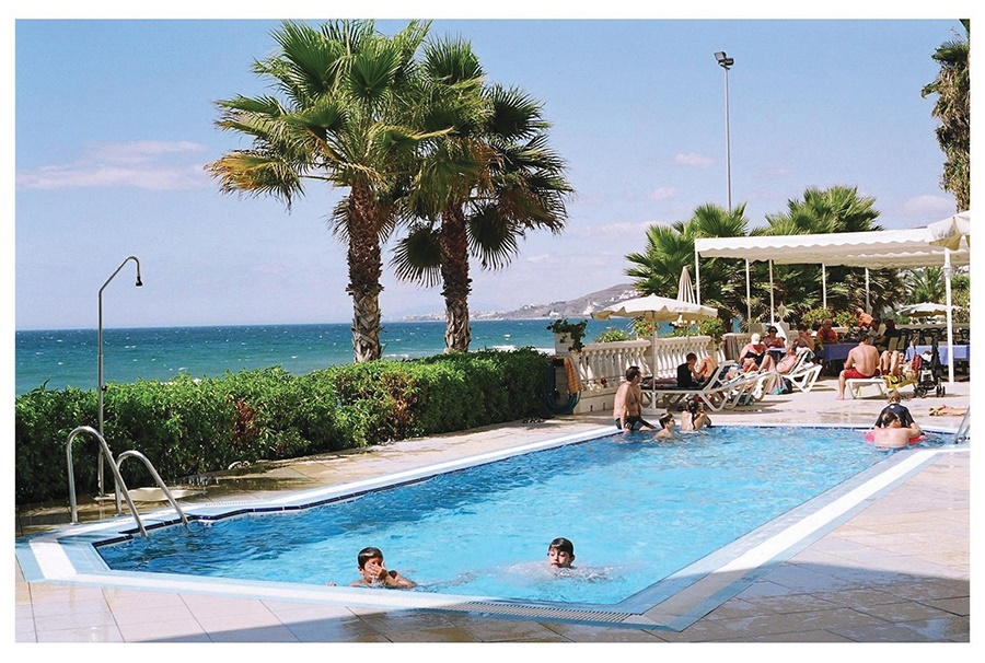 Book the Perla Marina Hotel and Apartments, Nerja - Sunway.ie