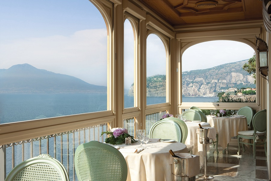 Book the Hotel Ambasciatori, Sorrento - Sunway.ie