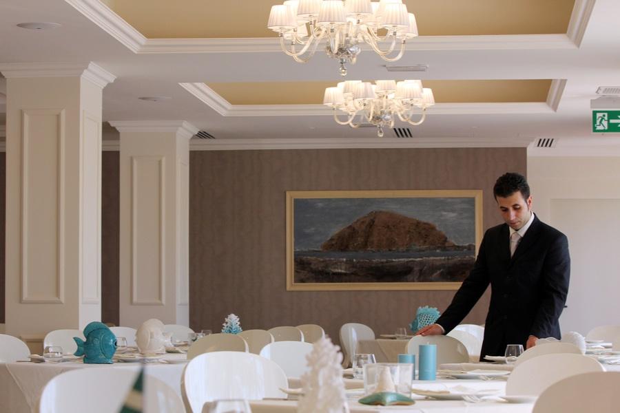 Book the Caparena Hotel, Taormina - Sunway.ie