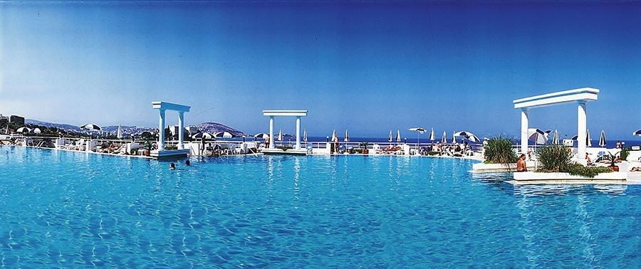 All Inclusive Sun Holidays to KoruMar Hotel De Luxe