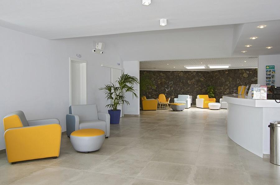 Book the Aqua Suites Hotel, Puerto del Carmen - Sunway.ie