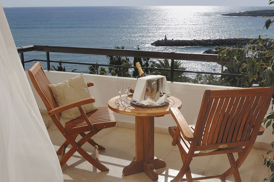 Book the Coral Beach Hotel & Resort, Paphos - Sunway.ie