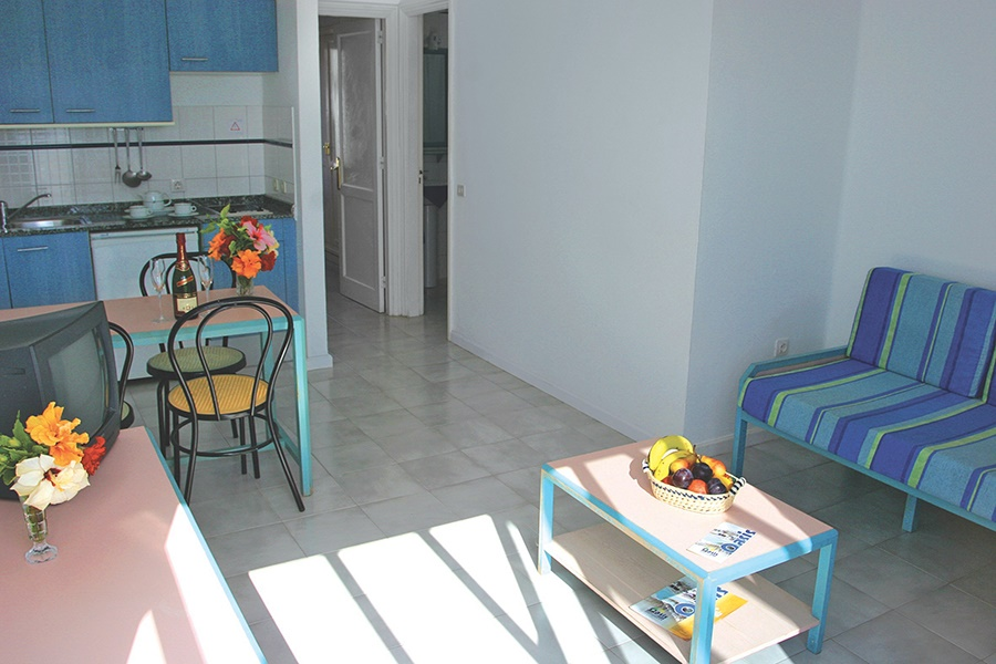 Book the Oasis Apartments, Puerto del Carmen - Sunway.ie