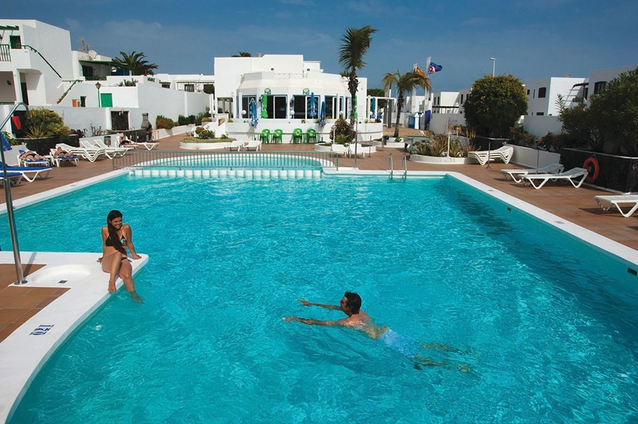 All Inclusive Sun Holidays to Oasis Apartments
