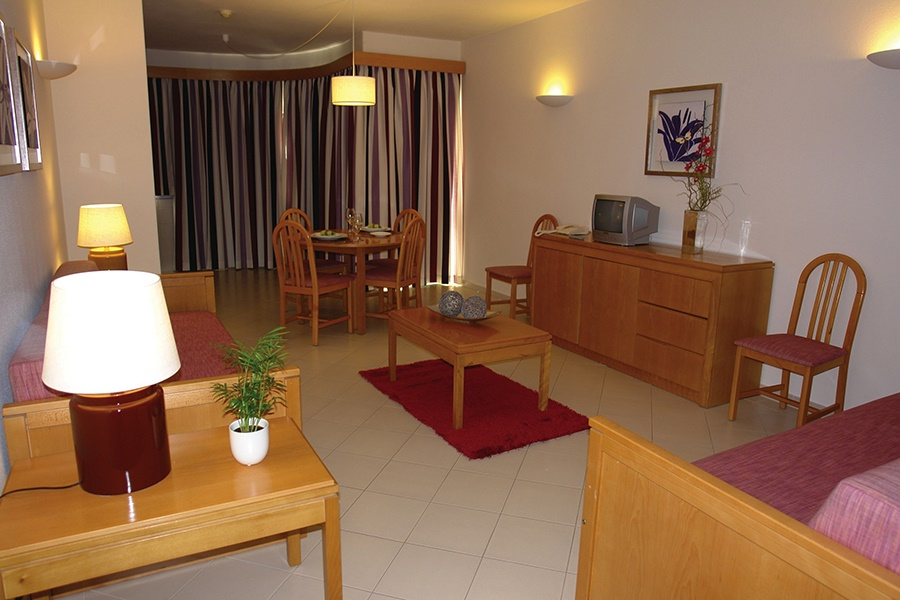 Book the Muthu Forte da Oura Aparthotel, Albufeira - Sunway.ie