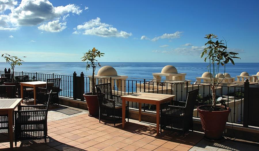 Stay at the Vincci Seleccion La Plantacion del Sur Hotel, Costa Adeje with Sunway