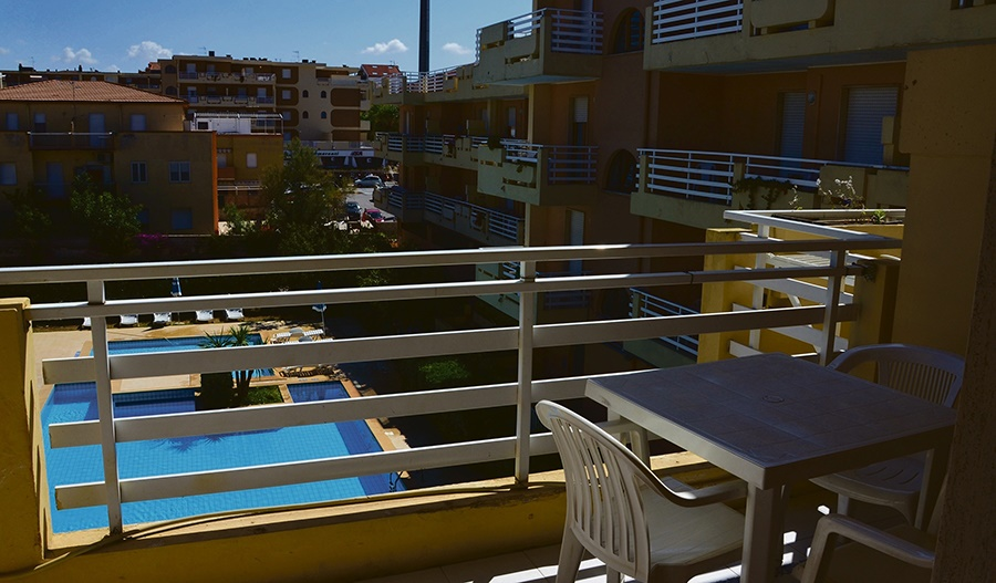 Stay at the Buganvillea Apartments, Alghero with Sunway
