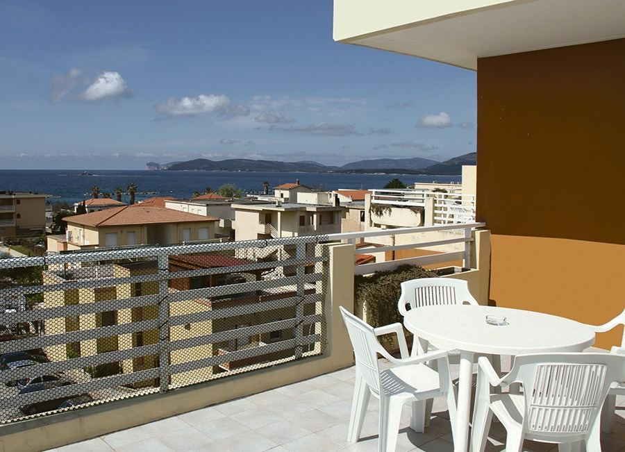 Stay at the Gardenia Apartments, Alghero with Sunway