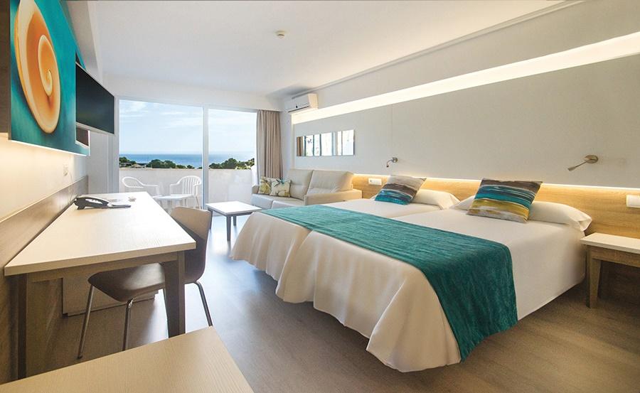 Stay at the Ola Panama Hotel, Palma Nova with Sunway