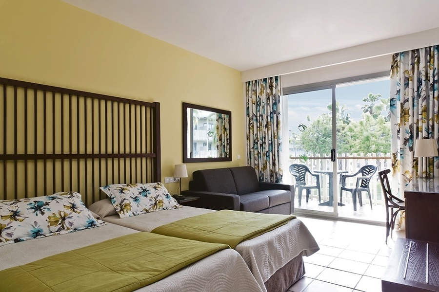 Stay at the Caribe Hotel, Salou with Sunway