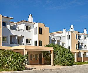 Stay at the Cheerfulway Palmeiras de Santa Eulalia Apartments, Santa Eulalia with Sunway