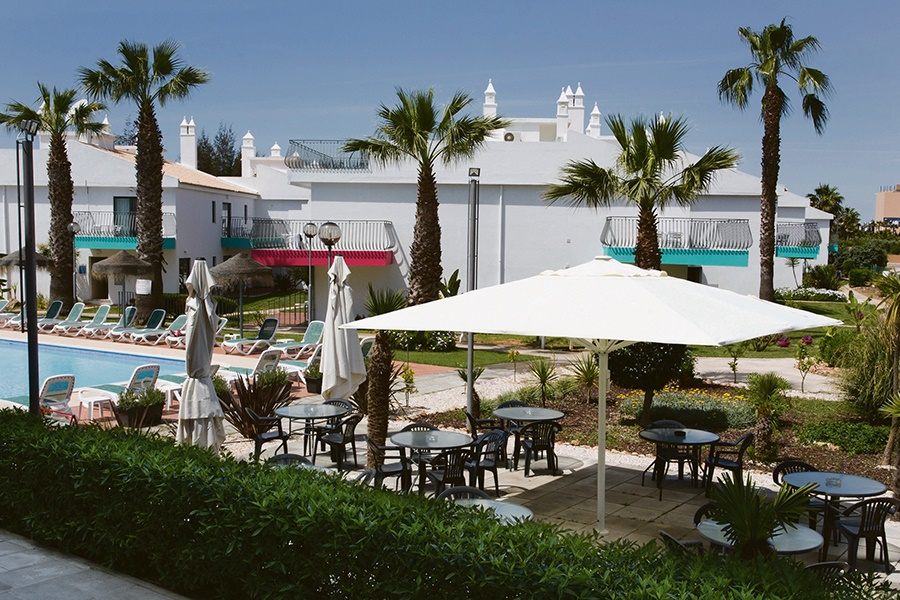 Book the Bayside Salgados Apartments, Albufeira - Sunway.ie