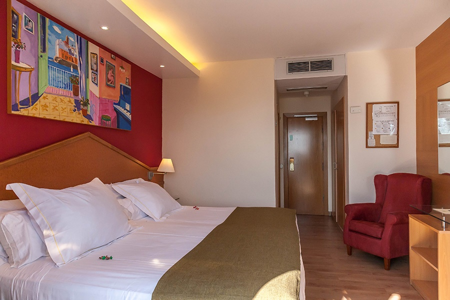 Stay at the Platjador Hotel, Sitges Town with Sunway