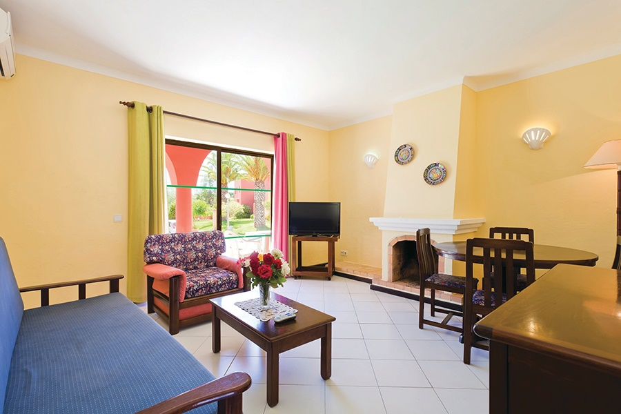 Stay at the Colina Village Apartments, Carvoeiro with Sunway
