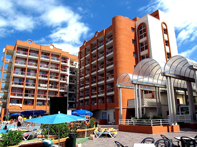 Stay at the Ramada Hotel & Suites, Kusadasi with Sunway