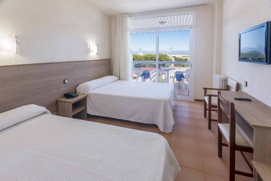 Stay at the Marinada Hotel, Salou with Sunway